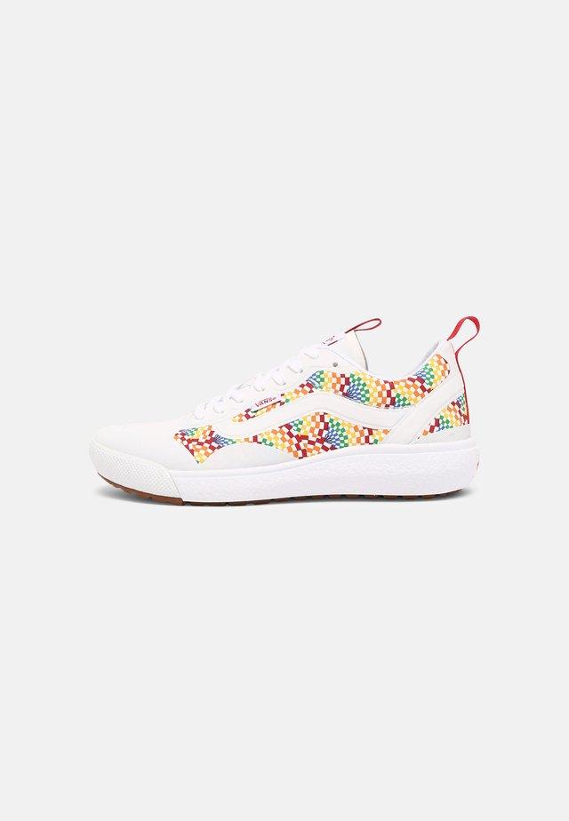 ULTRARANGE EXO - Sneakers laag - multi/true white