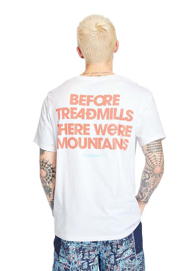Timberland - OUTDOOR ARCHIVE GRAPHIC - Print T-shirt - white