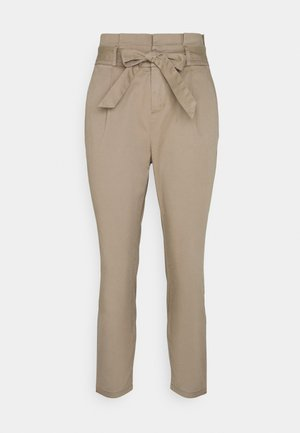 VMEVA PAPERBAG - Trousers - silver mink