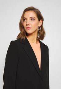 ONLY - ONLGLORYMARIA SPRING - Classic coat - black - 3