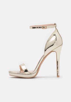 REAGAN - Korolliset sandaalit - gold
