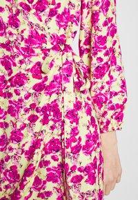 ONLY - ONLPIO LONG WRAP DRESS  - Kjole - pale green/fuchsia purple - 6