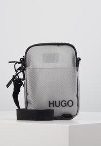 HUGO - CYBER ZIP - Skuldertasker - grey - 0