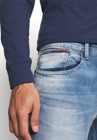 Tommy Jeans - AUSTIN SLIM - Slim fit jeans - wilson light blue stretch - 5