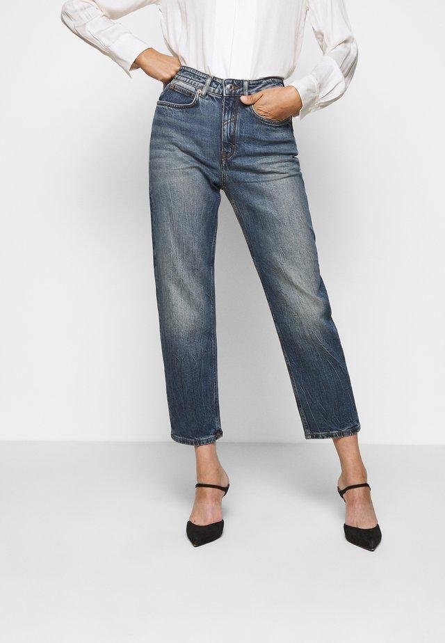 MOM - Jeans a sigaretta - blau