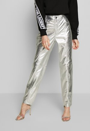 METALLIC LEATHER PANTS - Leather trousers - silver