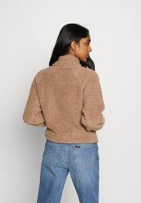 Cotton On - ZIP THRU CROPPED HOODIE - Winter jacket - natural - 2