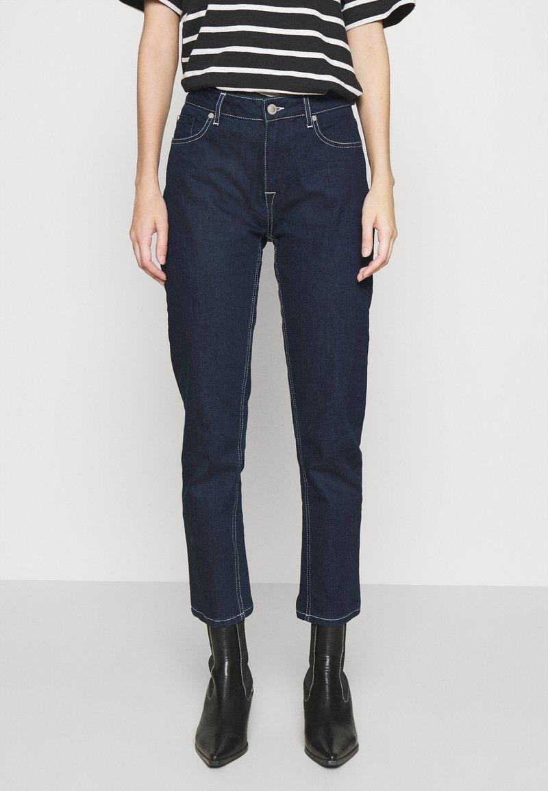 Ivy Copenhagen - LAVINA MOM - Relaxed fit jeans - denim blue