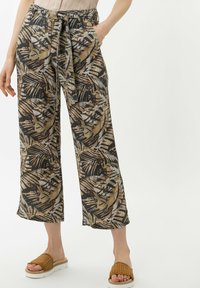 BRAX - STYLE MAINE S - Trousers - olive - 0