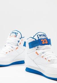 Ewing - 33 HI - High-top trainers - white/princess blue/vibrant orange - 5