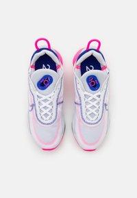 Nike Sportswear - AIR MAX 2090 - Matalavartiset tennarit - white/concord/pink blast/pure platinum/black - 5