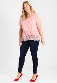 CAPSULE by Simply Be - LUCY HIGH WAIST SUPER SOFT - Jeans Skinny Fit - dark indigo - 1
