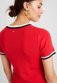 Morgan - Shift dress - rouge - 4