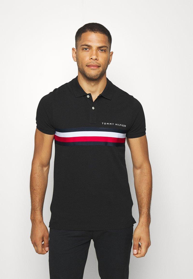 Tommy Hilfiger - GLOBAL CHEST TAPE SLIM - Polo shirt - black
