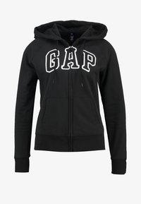 GAP - Zip-up hoodie - true black - 3