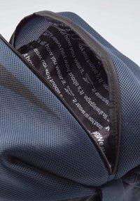 Reebok - TECH STYLE IMAGIRO BAG - Sac à dos - blue - 3