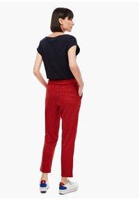 s.Oliver - Pantalon classique - dark red - 2