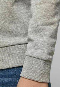 Jack & Jones Junior - Sweatshirt - light grey melange - 4