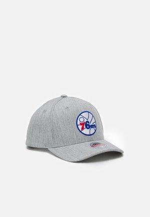 NBA PHILADELPHIA  TEAM REDLINE SNAPBACK - Club wear - grey heather