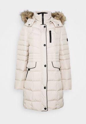 Down coat - panna cotta