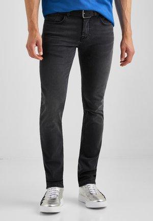 MOVIMENTO JACK  - Slim fit jeans - schwarz used