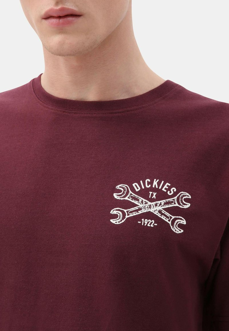 Dickies SLIDELL - T-Shirt print - maroon/dunkelrot b636Us