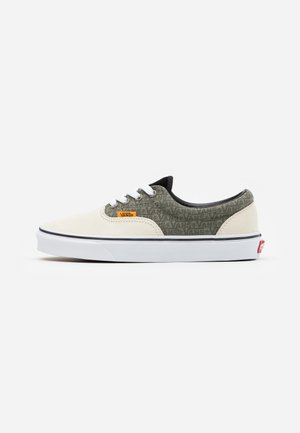 ERA UNISEX - Sneakersy niskie - vetiver/bistro green