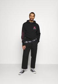 Primitive - KAKUZU HOOD - Sweater - black - 1