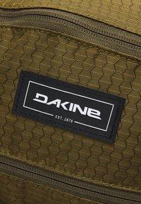 Dakine - PACK 18L UNISEX - Rucksack - dark olive dobby - 3