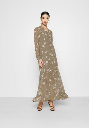 VMTALLIE - Maxi šaty - bungee