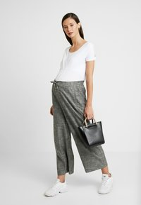 Esprit Maternity - NURSING - T-shirt basic - white - 1
