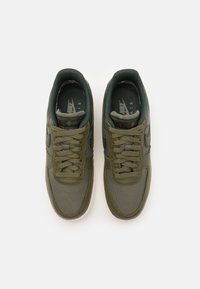 Nike Sportswear - AIR FORCE 1 GTX UNISEX - Trainers - medium olive/deepest green/sail/seal brown - 3