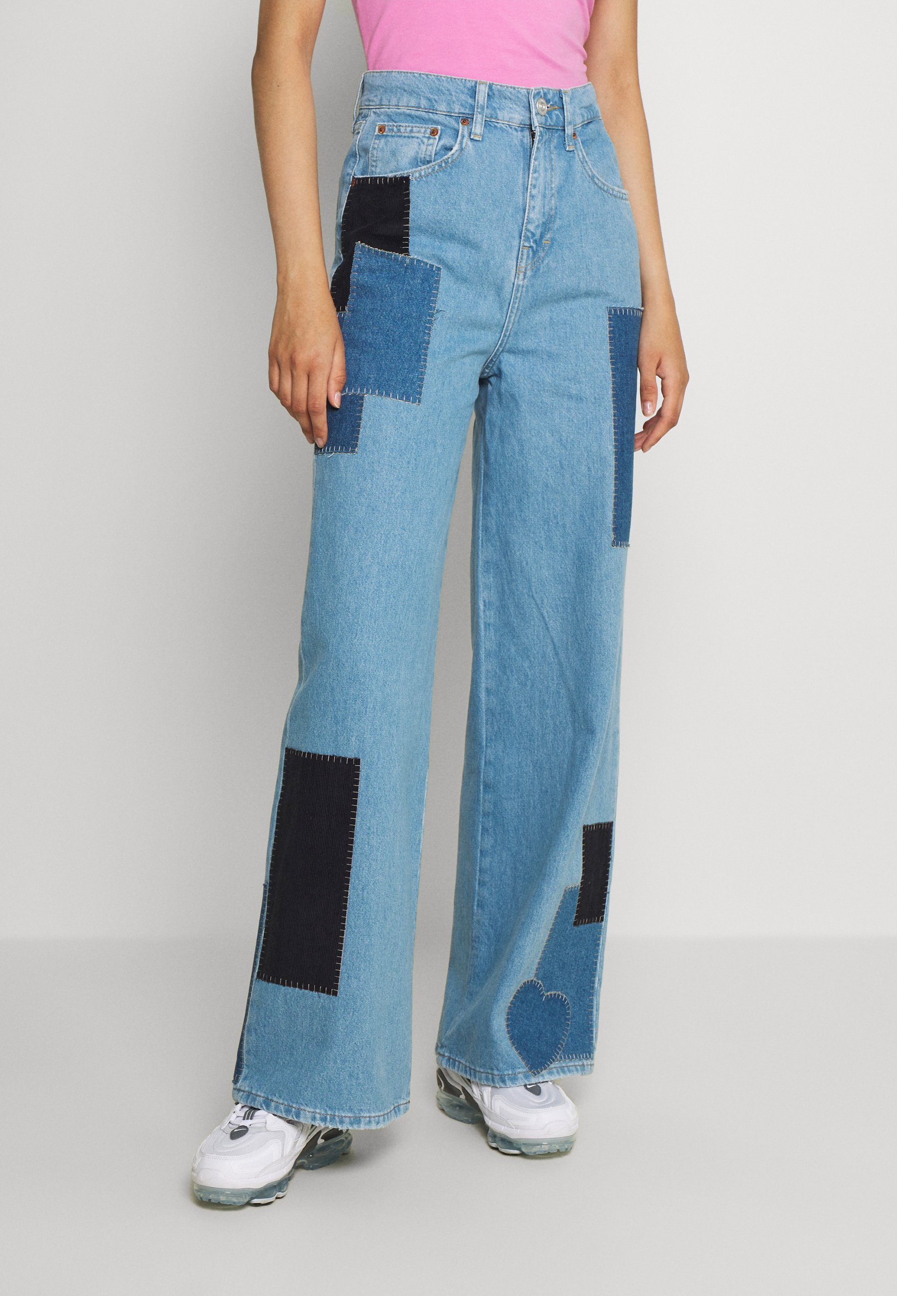 Women PRETTY PATCH PUDDLE - Relaxed fit jeans