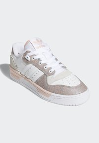 adidas Originals - RIVALRY LOW  - Sneakers laag - ftwr white/vapour pink/grey one f17 - 4