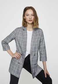 PULL&BEAR - Krátký kabát - grey - 3