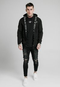 SIKSILK - ZIP THROUGH WINDBREAKER JACKET - Giacca leggera - black - 0