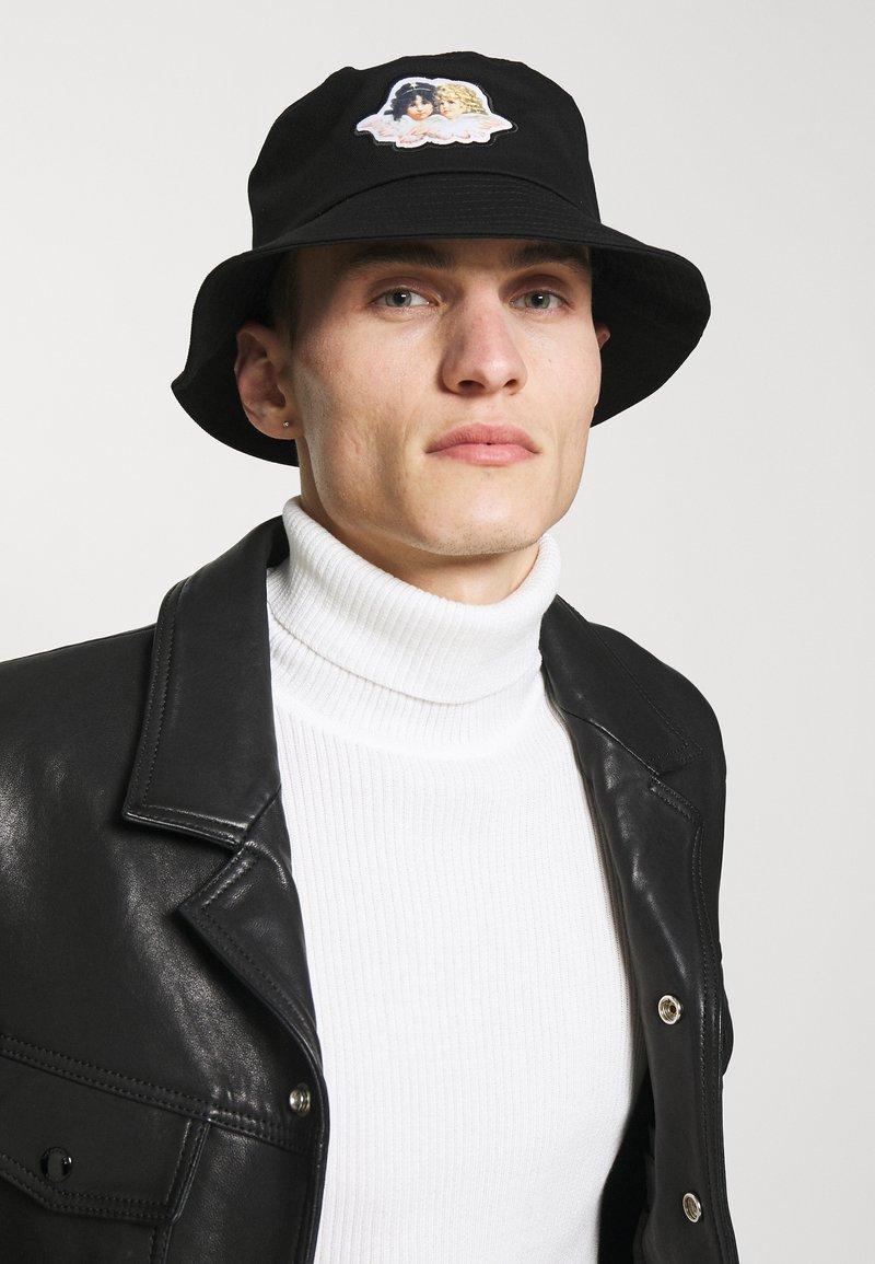 Fiorucci - ICON ANGELS BUCKET HAT UNISEX - Kapelusz - black
