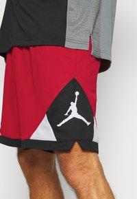 Jordan - DRY AIR DIAMOND SHORT - Pantaloncini sportivi - gym red/black/white - 3