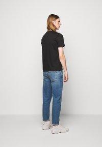 Progetto Quid - UNISEX MENTA - Print T-shirt - black - 2