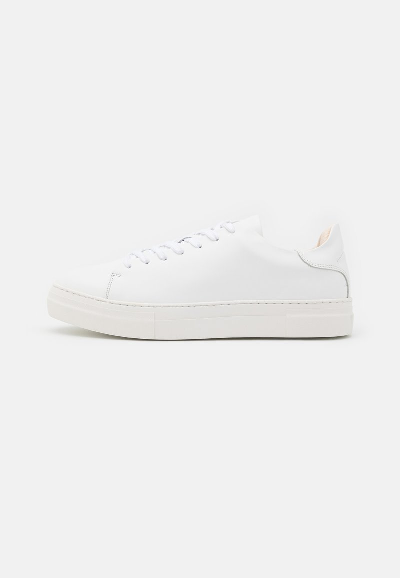 Selected Homme - SLHDAVID CHUNKY TRAINER NOOS - Sneakers basse - white