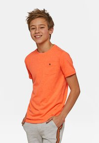 WE Fashion - WE FASHION JONGENS NEON T-SHIRT - T-shirt basic - orange - 1