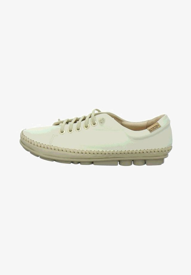 Sneakers laag - nata