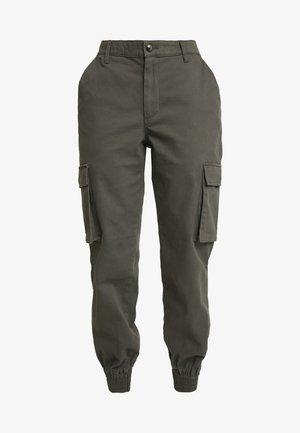 ONLBETSY ALVA PANT - Cargo trousers - beluga