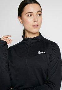 Nike Performance - PACER  - Camiseta de deporte - black/reflective silver - 3