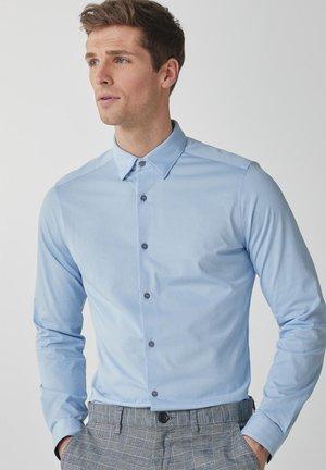 MOTION FLEX KNITTED - Koszula biznesowa - light blue