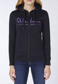 Oklahoma Jeans - REGULAR FIT - Zip-up hoodie - 19-3911 deep black - 4