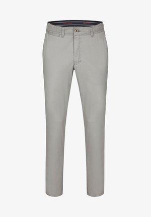 MIT ANGENEHMER COLDBLACK AUSRÜSTUNG - Trousers - grey