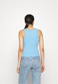 Pieces - PCTAYA CROPPED  - Top - little boy blue - 2