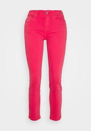 MID RISE ANKLE - Slim fit jeans - coloured denim