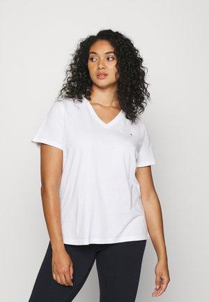 NEW V NECK TEE - Basic T-shirt - white